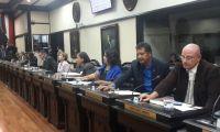 Diputados aprueban proyecto que prohíbe relaciones impropias con menores de edad