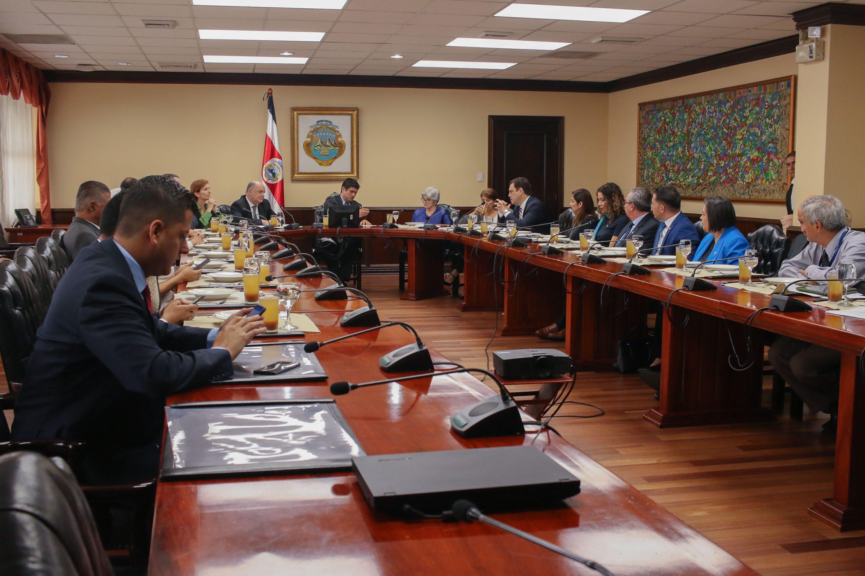 Reunión del Poder Ejecutivo con la fracción legislativa del partido PLN Liberación Nacional, Diputados, Diputadas, Casa Presidencial, Costa Rica. 23 Agosto 2018. foto: Roberto Carlos Sánchez
